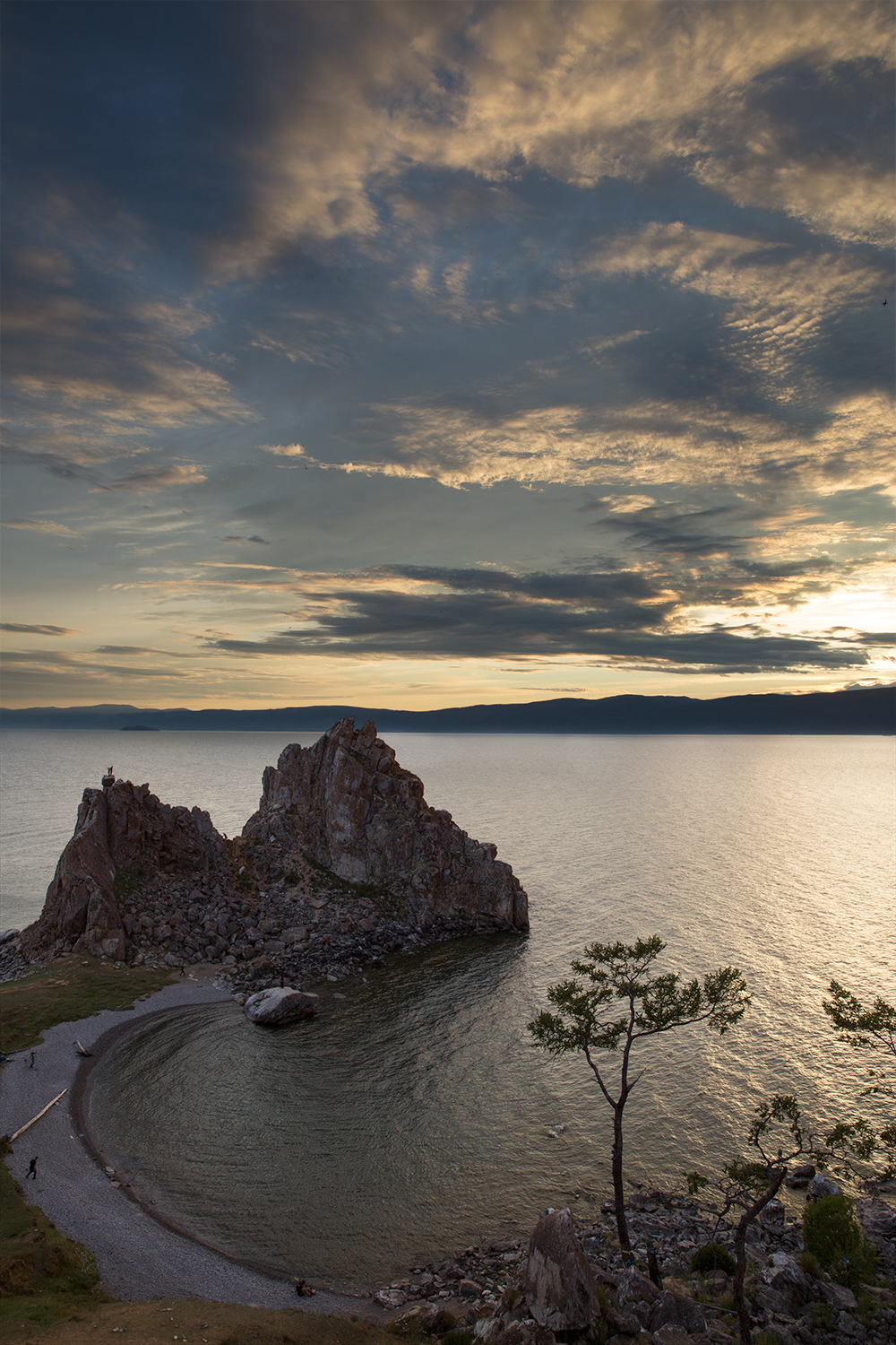 Hushir, Olkhon Island, Lake Baikal, Travel, Backpacking, Russia, Trans Mongolian Railway, Irkutsk, Epiphany Cathedral, Church, Beach, Shaman Rock,